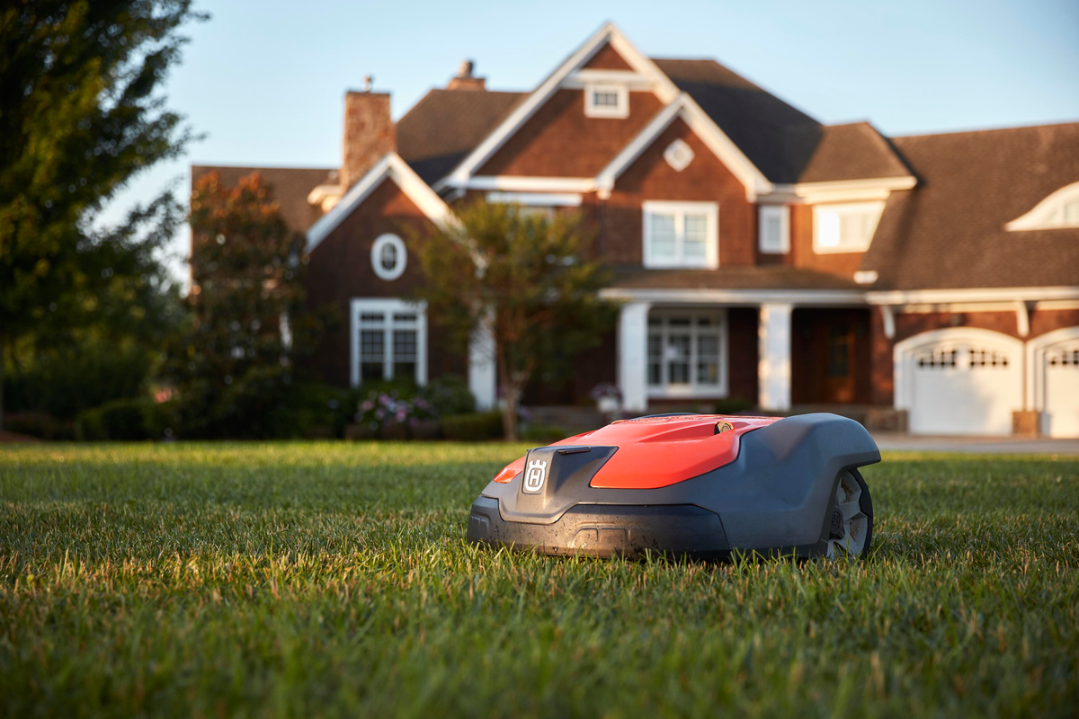 Pros and Cons of Robotic Mowers